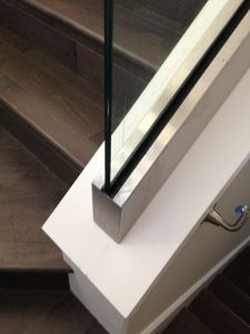 U Profile Frameless Glass Railing for Stairs pictures & photos
