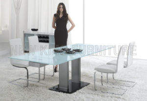 Modern Extendable Temper Glass Top with Stainless Steel Foot Dining Table (NK-DT010)