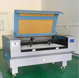 Ce&SGS Certificated CO2 Laser Cutting Machine Made in China pictures & photos