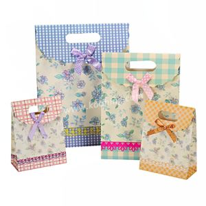 Custom Colorful Flower Paper Gift Bag with Ribbon (KH-001KQ) pictures & photos
