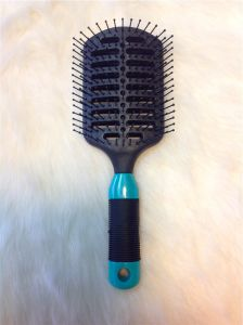 Paddle Hair Brush Professional Plastic (F022) pictures & photos