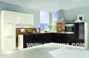 2015 New Lacquer Kitchen Cabinet with ISO Standard