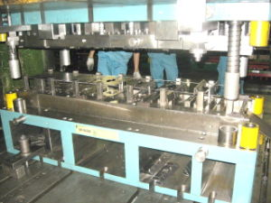 Automobile Parts Stamping Tooling pictures & photos