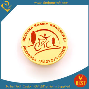 Przyroda Tradcja Badge in High Quality with Gold Plating From China pictures & photos