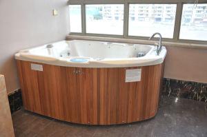 Kgtspa Mini Acrylic Jcuzzi SPA Bathtub pictures & photos