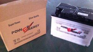 DIN90 12V90ah Lead Acid Storage Dry Charged Car Battery pictures & photos