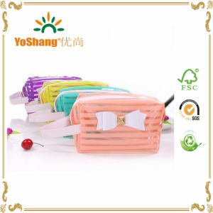 Wholesale Factory Price Beautiful Bow Decoration Clear PVC Cosmetic Bag with Strip Printing pictures & photos
