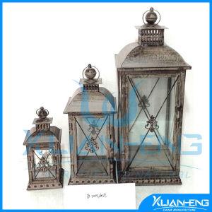 Iron Candlestick European Style Home Furnishing Wedding Lantern pictures & photos