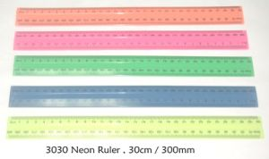Plastic Straight 30cm 12 Inch Ruler pictures & photos