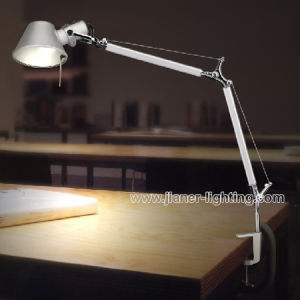Simple Fashion Foldable Office Table Lamp, LED Desk Lamp Lighting pictures & photos