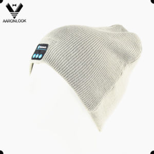 High Quality Solid Color Winter Acrylic Knitted Bluetooth Hat pictures & photos