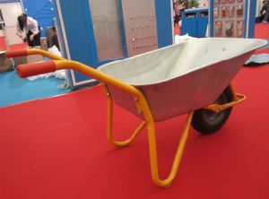 Galvnazied Tray Wheelbarrows Wb6404h (Russia market) pictures & photos