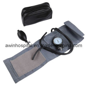 Medical Aneroid Sphygmomanometer for Adult pictures & photos