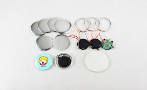 Diameter 44mm Flashing Button Badge pictures & photos