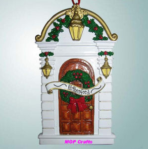 Polyresin Hanging Christmas House pictures & photos