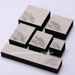 Linen Fabric Jewelry Box Ring / Necklace / Bracelet Packing Box with Printing pictures & photos
