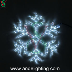 2016 New Outdoor Christmas Decorative Snowflake Motif Lights pictures & photos