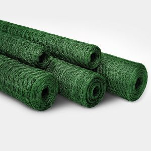 China Anping Green PVC Coated Hexagonal Wire Mesh Roll pictures & photos