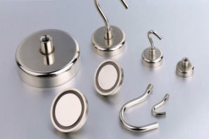 Zn Plaed Permanent NdFeB Neodymium Pot Magnets with Hook pictures & photos