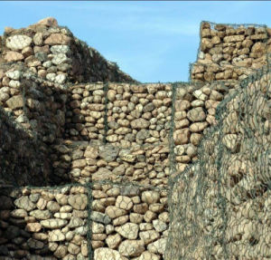 Haiti Market High Quality Hexagonal Gabion Retaining Wall pictures & photos