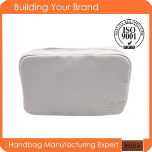2015 Wholesale Polyester Fashion Cosmetic Bag pictures & photos