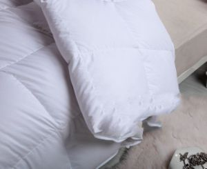 White Colour Luxurious Cotton Hotel Quilting Comforter Quilt Cover pictures & photos