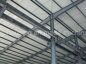 Prefab Steel Structure Metallic Workshop/Warehouse with Sandwich Panel pictures & photos
