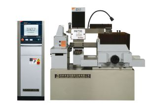 EDM CNC Wire Cutting Machine with High Speed Dk7732A pictures & photos