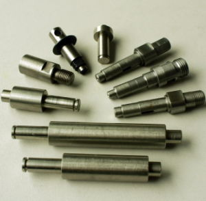 Small and Tiny Precision Metal Axles Swiss Machining Parts pictures & photos