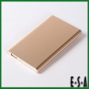 Famous Brand Mobile Power Bank, Professional Mobile Power Bank 4000mAh, Mobile Disposable Power Bank for Digital Device G11b112 pictures & photos