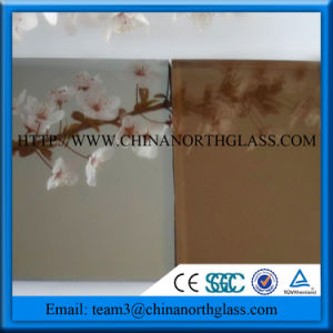 Tinted Laminated Glass with Color PVB pictures & photos