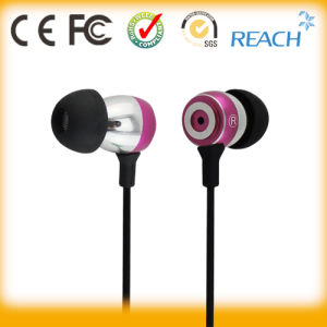 Good Looking Stereo Metal in-Ear Earbuds with Mic pictures & photos
