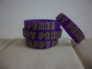 High Quality Customized Promotional Texts & Logo Rubber Wristbands Silicone Bracelet for Wedding Events & Promotion Gift