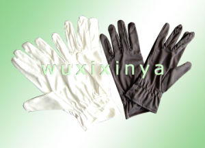 Gloves pictures & photos