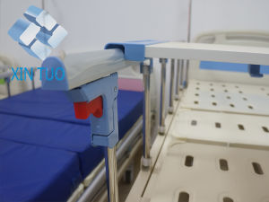 High Quality 3 Function Nursing Hospital Patient Electric Bed Ce Approved pictures & photos