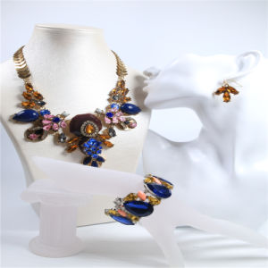 New Design Resin Fashion Jewellery Set Necklace Bracelet Earring pictures & photos