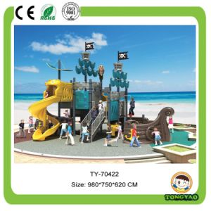 2017 New Style Castle Theme Outdoor Playground Plastic Slide (TY-70422) pictures & photos
