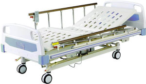 Durable Hospital Beds Three-Fuction Electric Medical Bed pictures & photos