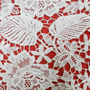Water Soluble 100 Polyester Lace Fabric (L5154) pictures & photos