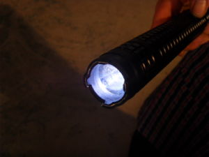 High Volt Stun Guns with Flashlight pictures & photos