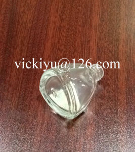 11ml High Quality Small Glass Bottles for Nail Oil pictures & photos