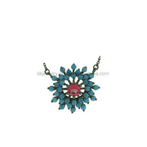 Fashion Design Jewelry Earrings Snowflake Stud with CZ (KE3102) pictures & photos