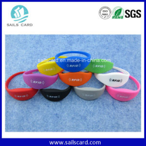 High Quality Adjustable Silicone RFID Wristband pictures & photos