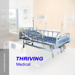 Three Cranks Manual Luxurious Hospital Bed pictures & photos