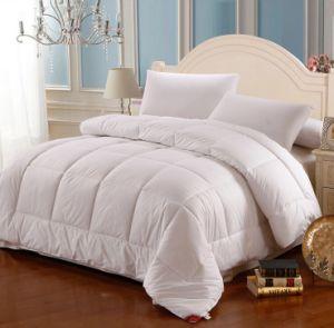 Best Selling White Color Cotton Fabric Filling Quilt Duvet (JRD540)