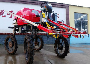 Aidi Brand 4WD Hst Farm Self-Propelled Boom Sprayer