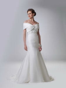 Fashion Cap Sleeve Wedding Gown and Bridal Dress C5110