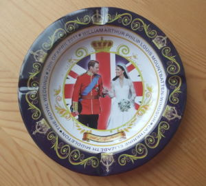 Tin Ashtray Souvenirs for The British Royal Wedding pictures & photos