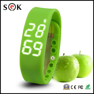 2016 Fitness USB Pedometer Watch Silicone W2 Smart Wrist Bracelet Watch pictures & photos