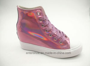 High Top Shiny PU Hight Increasing Women Shoes (ET-LD160340W) pictures & photos